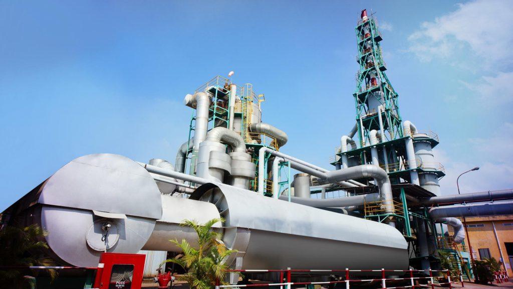 Nhà máy hóa chất tại Tân Bình